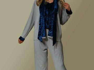 For Sale: Elegant women  pyjamas ( 3 pcs set) grey + Blue