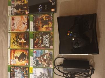 Myydään: Xbox 360 Slim 250 gb + 10 games and 1 wireless controller