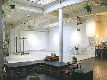 Rentals : Ivy House Studio
