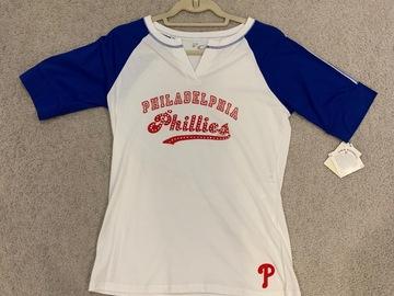 Selling A Singular Item: NEW Phillies Baseball Tee
