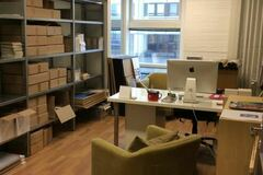 Renting out: Own room in nice office with great people