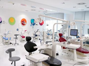 Nieuwe apparatuur: Ultradent dental units bij Direct Dental Supplies