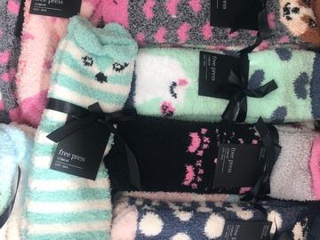 Compra Ahora: NORDSTROM Cozy Socks 130 PACKS OF TWO NWT