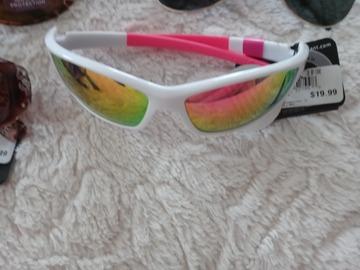 Buy Now: Brand new sunglasses