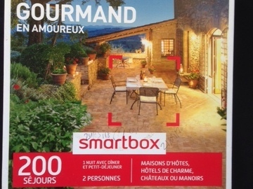 "Vente: Smartbox ""Week-end gourmand en amoureux"" (89,90€)"