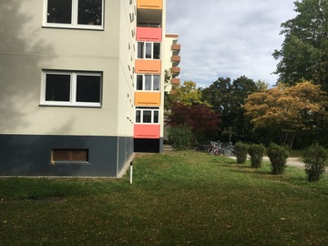 Tauschobjekt: Tausche 3-Zi Wohnung am Westkreuz gegen Haus außerhalb von Münche