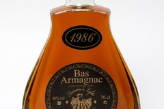 Vente avec paiement en ligne: Armagnac carafe 1986