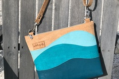 Selling with online payment: Seaside Cork Crossbody Purse
