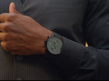 Selling with online payment: Luxury Timepieces for Men