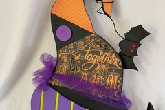 Selling with online payment: Witch hat doorhanger
