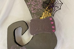 Selling with online payment: Witch boot doorhanger