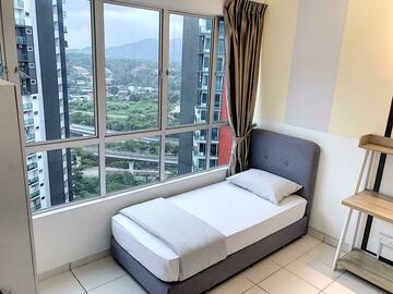 For rent: Fully Furnished Fixed Bill All-In Middle Bedroom Rm550only