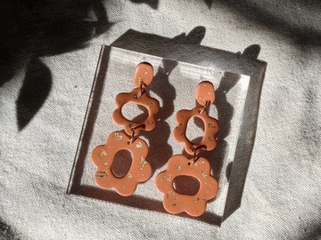 Selling: Flower Child Pumpkin Dangles