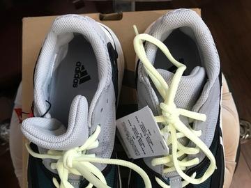 Selling : SALE 10% Sneakers