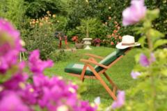 PETITES ANNONCES: Recherche jardin pour une réception de mariage