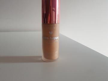 Venta: Benefit base Hello Flawless brightening 4