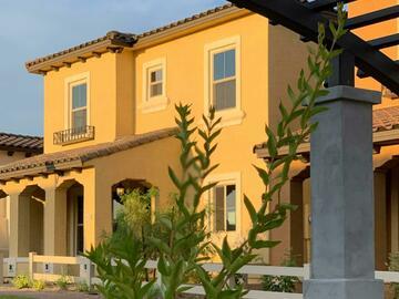 Rental Communities: Casa Alma at Luna Azul