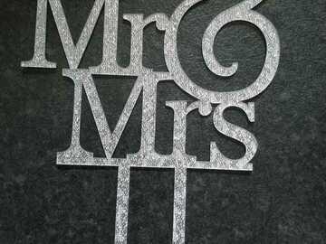 Ilmoitus: Mr & mrs hääkakun koriste