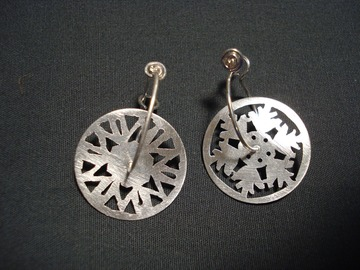 Selling with online payment: Snow Flake Earrings