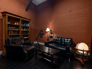 Rent Podcast Studio: Li Media Studio Photo and Podcast Solutions