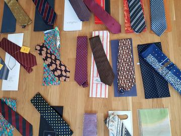 Vente: cravates neuves avec pochette