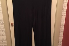 Selling: Knit trousers