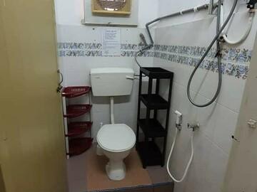 For rent: {FULLY FURNISHED} ROOM RENT AT TAMAN WAWASAN, PUCHONG