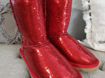Buy Now: New Sequined UGG boots with a bonus!