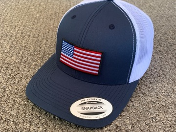 Selling with online payment: US American Flag Trucker Hat