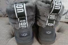 Buy Now: Fashion name brand bundle lot