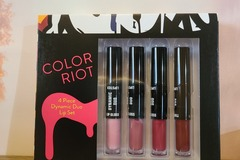 Buy Now: 10 Color Riot Lipstick & Lip Gloss Duo