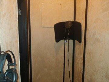 Rent Podcast Studio: LA On Lock Studio