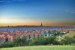 Ofrece Experiencias por horas: Madrid desde fuera