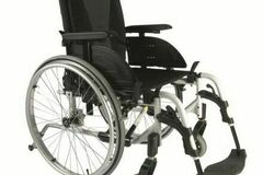 RENTAL:  Wheelchair rental   Delivered in Etobicoke