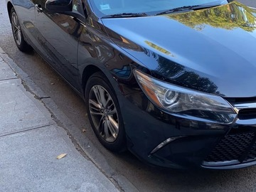 Cars for Sale: Toyata camry 2016 SE