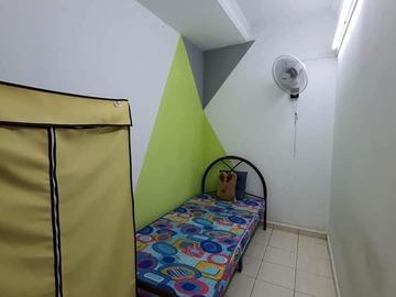 For rent: Room for Rent at Taman Megah Emas, Kelana Jaya