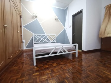For rent: Cheras Room rental in Taman Connaught with utilities