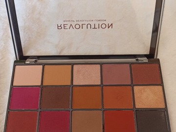 Venta: Paleta Revolution reloaded iconic vitality