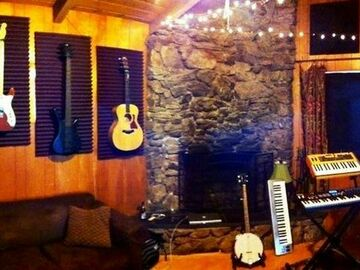 Rent Podcast Studio: Great Nate Scott Studios