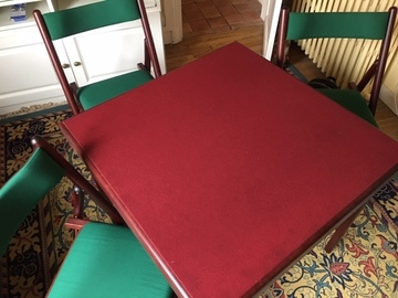 Vente: Bridge table and four chairs