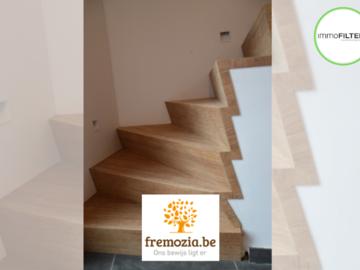 .: Moderne bamboetrap met één draai | door Fremozia