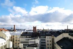 Vuokrataan: Työpöytäpaikka kattojen yllä Kampissa