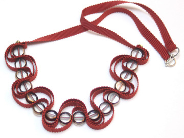 : Russet ribbon necklace