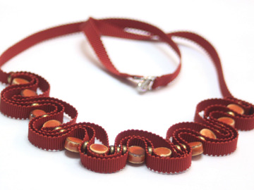 : Grosgrain ribbon necklace