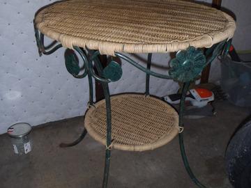 Vente: table guéridon 4 pieds métal et rotin diamètre 50 hauteur 55 cm