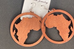 For Sale: Round Africa brown earrings