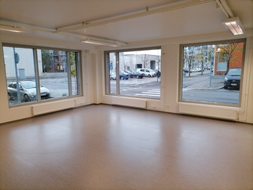 Renting out: Viikki Street Level Office space/studio/shop 54m2