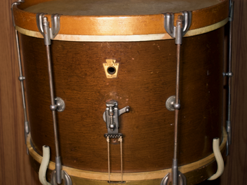 Selling with online payment: WFL Parade Snare (all original)