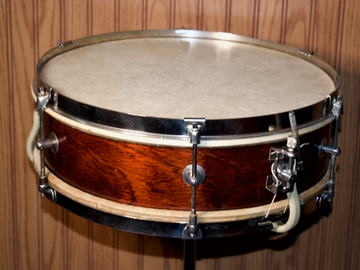 Selling with online payment: Circa 1950s Kent Snare