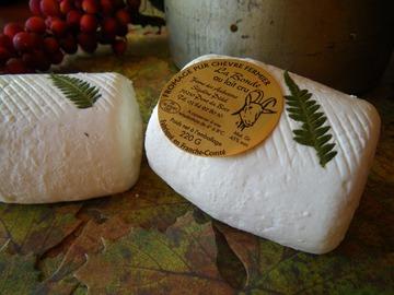 Vente avec paiement en direct: fromages de chèvre fermiers